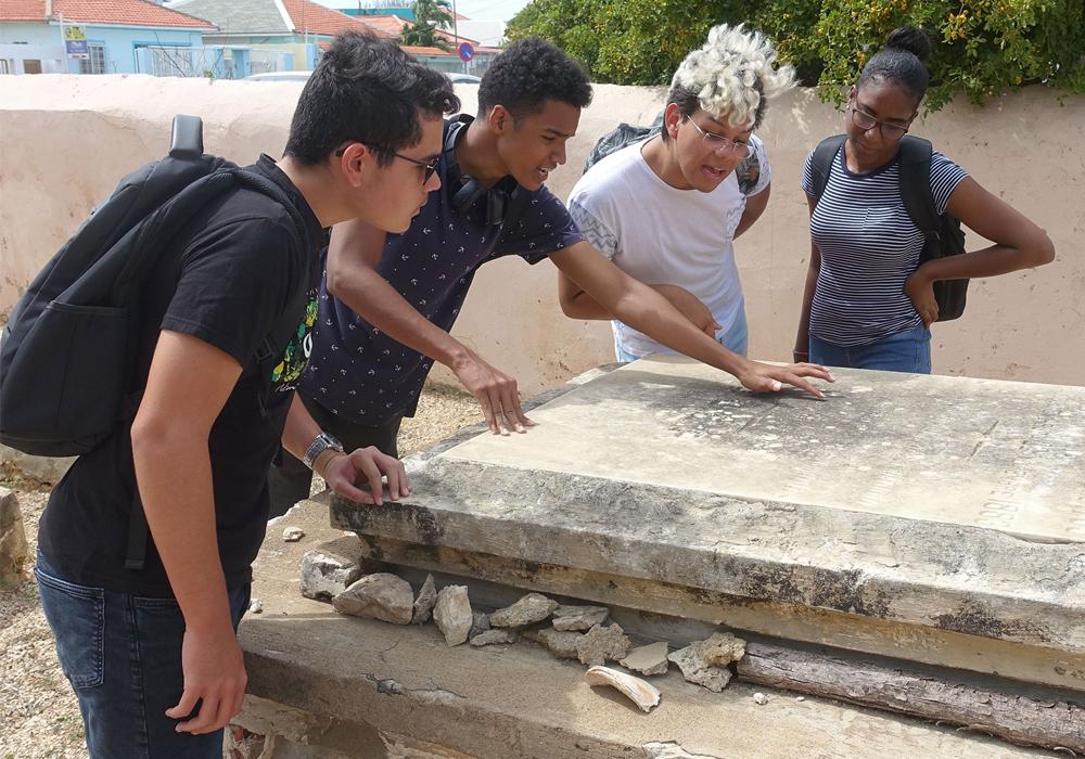 Students in Aruba