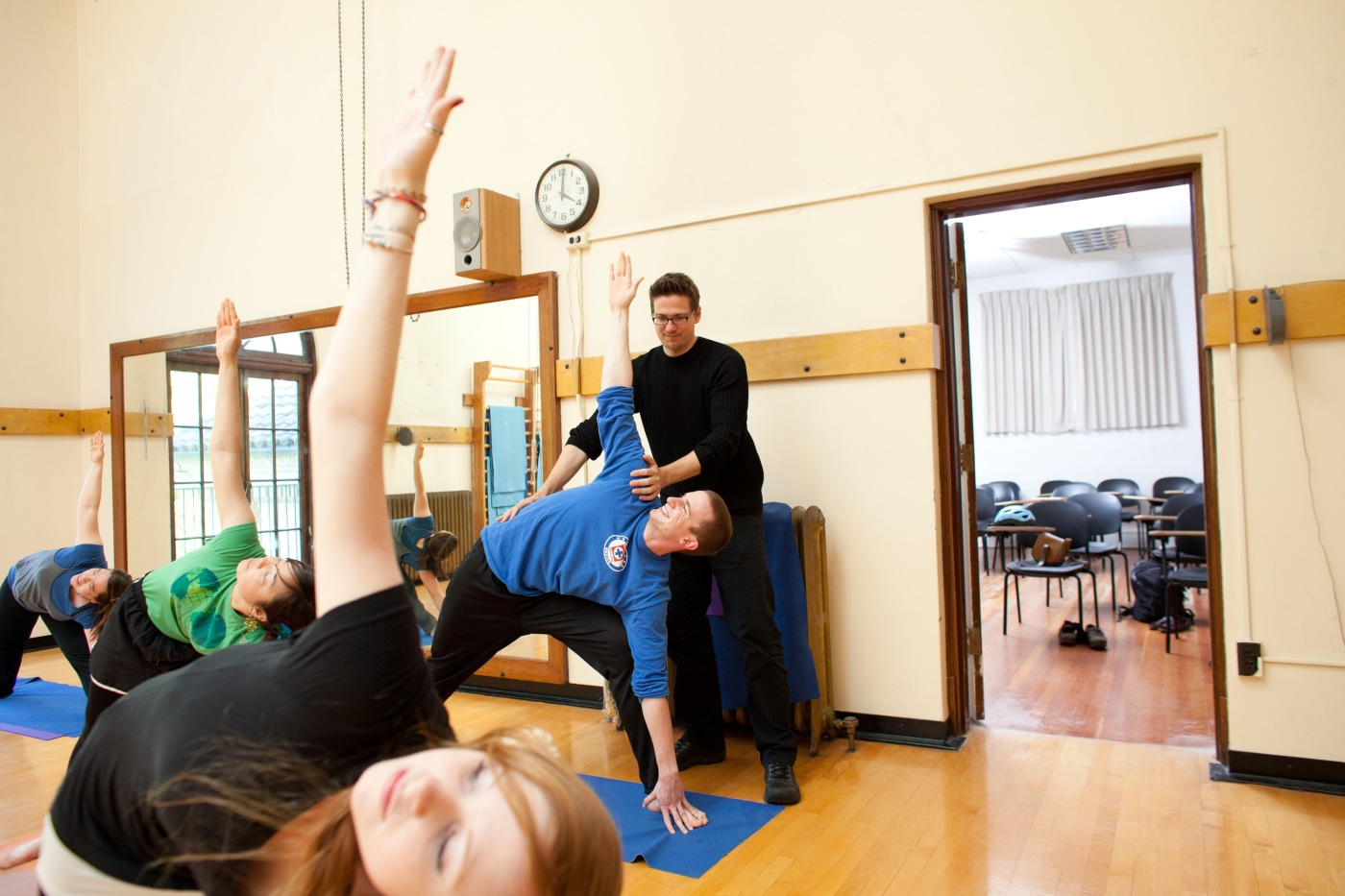 Philosophy/Yoga class, students, Stuart Sarbacker