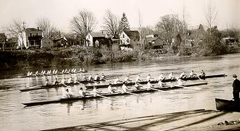 1935 Crew on the Willamette