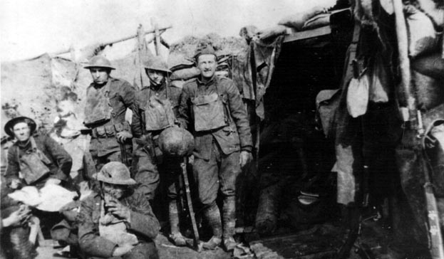 WW1 soldiers in the trenches