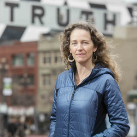 Headshot of Julia Olson