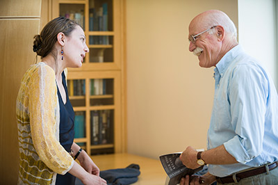 Tobias Wolff visits with students